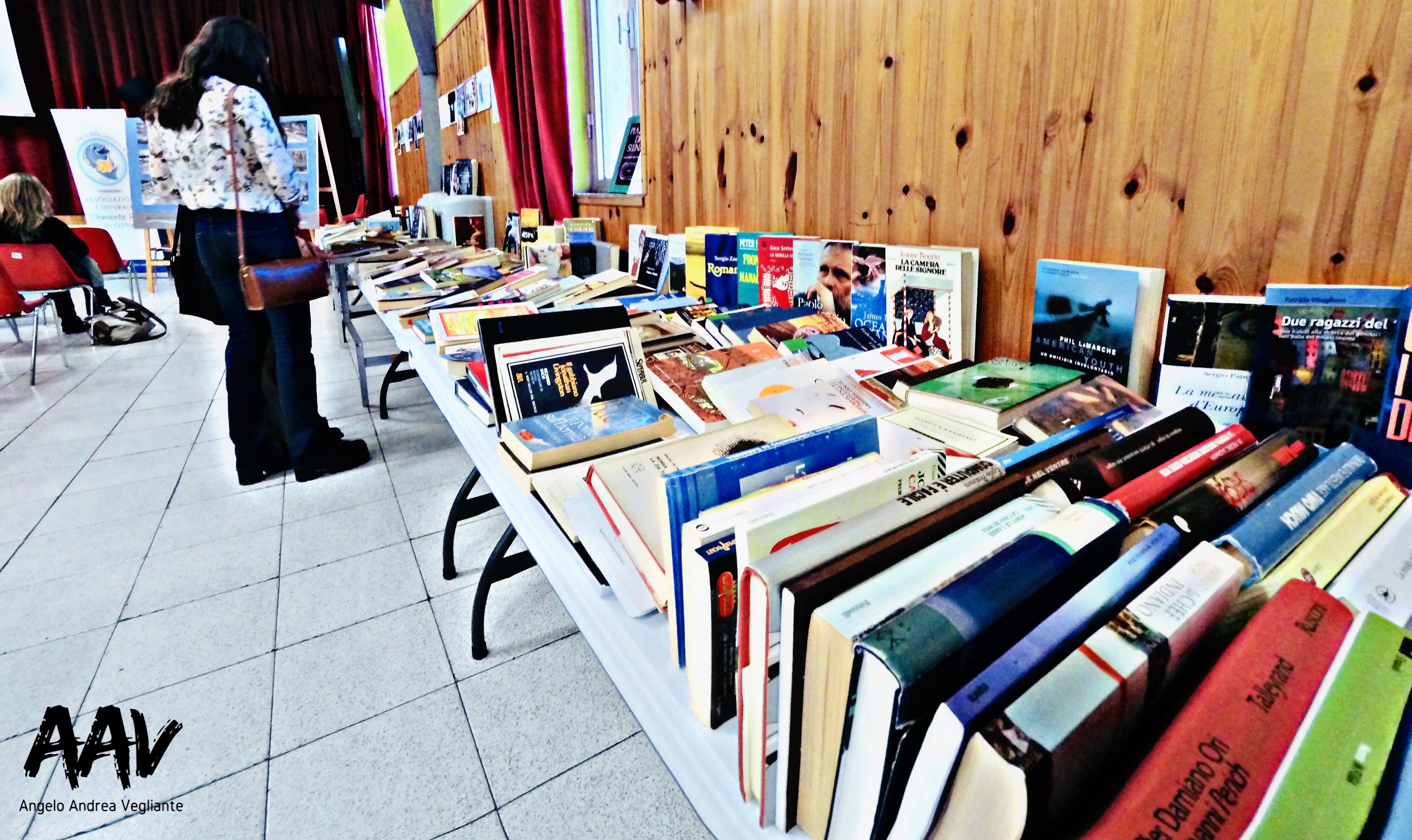riscoperta-libro-festa-ostia-vegliante-bancarella