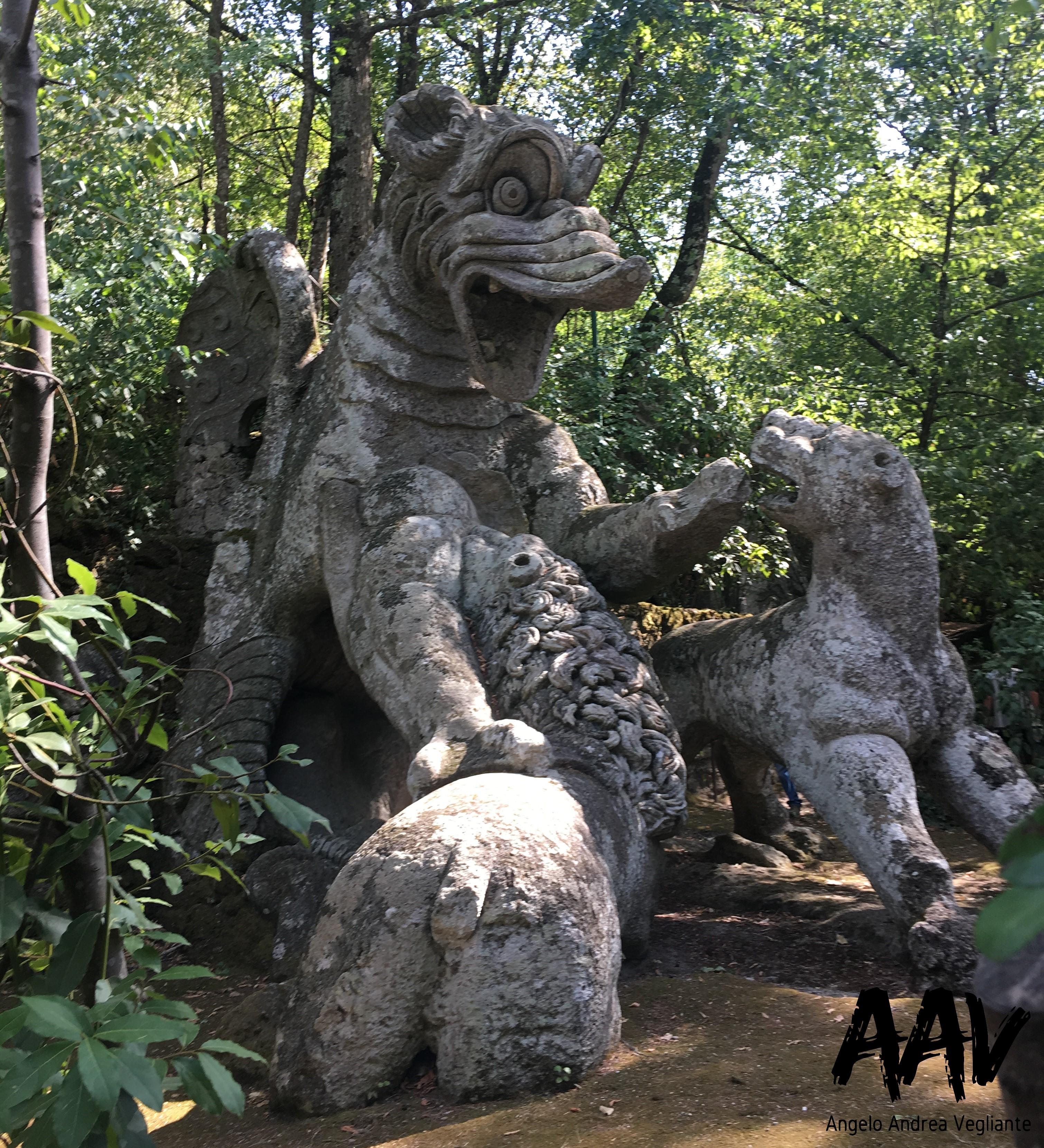 drago-viverna-parco dei mostri-bomarzo-viterbo-angelo andrea vegliante-colui che veglia-viaggia