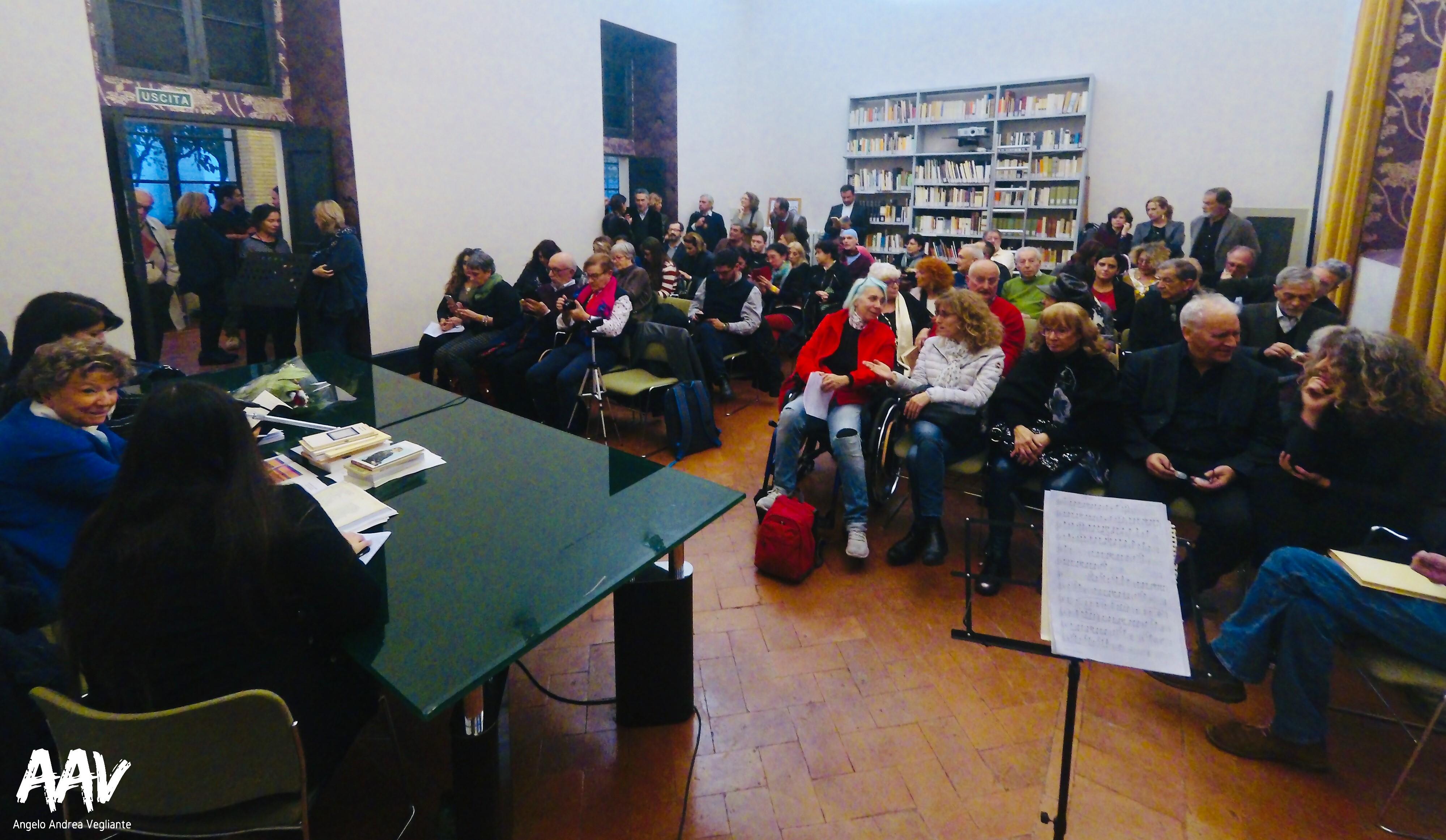 firmacopie-poesia-Dacia Maraini-angelo andrea vegliante-colui che veglia-colui che reporta-letteratura