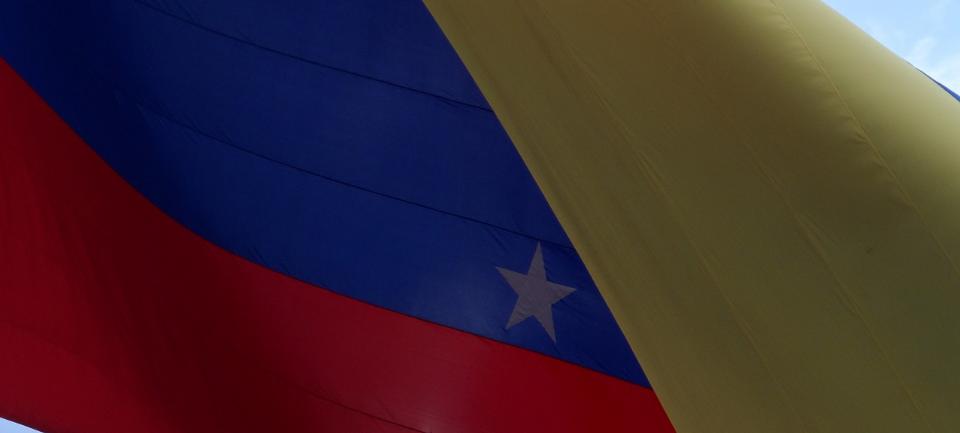 venenzuela-maduro-chaves-scontri venezuela-Guaidó-angelo andrea vegliante-colui che veglia-golpe venezuela-autoproclamazione venezuela-presidente maduro-presidente Guaidó
