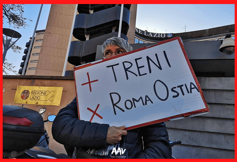 manifestante della roma lido sotto regione lazio