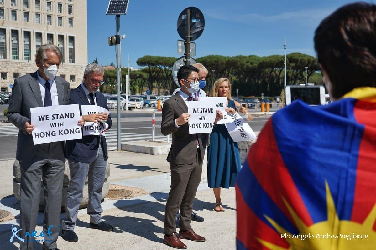 delegazione_nathan_law_roma